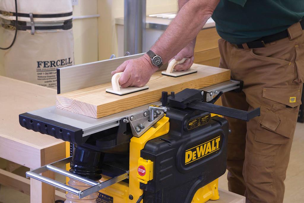 Pialla a filo e spessore DeWalt D27300 260 mm - 2100W